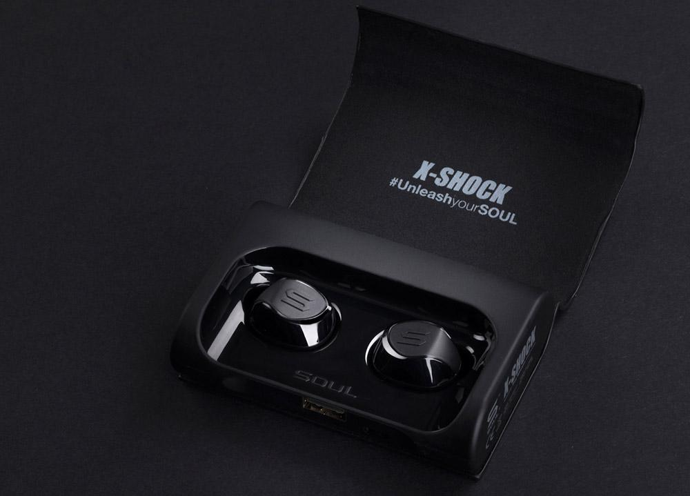 X-SHOCK True Wireless Sport Earbuds   SOUL Electronics Power bank