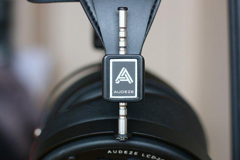 Logo---AUDEZE-LCD2C.jpg